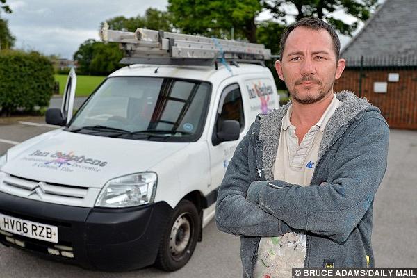 'Why did police pick on me?' asks motorway middle lane roadhog