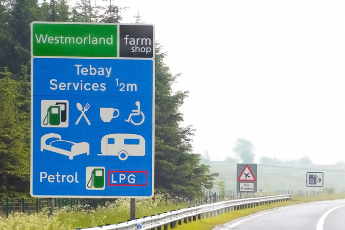 Motorway service stations blighted by poor signage and road markings