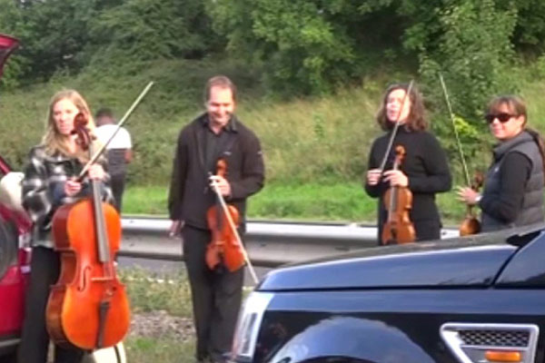 string-quartet-on-motorway