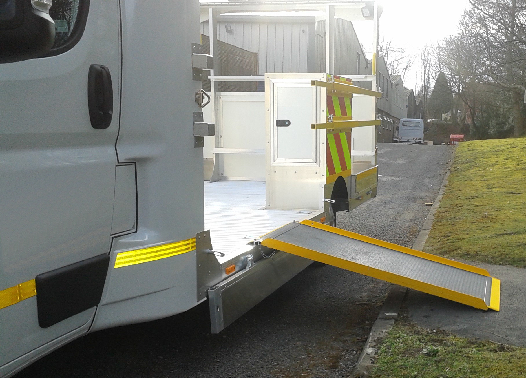 Blakedale's new low level traffic management vehicle allows operatives to step on and off the working area quickly and safely and removes the need for cone wells