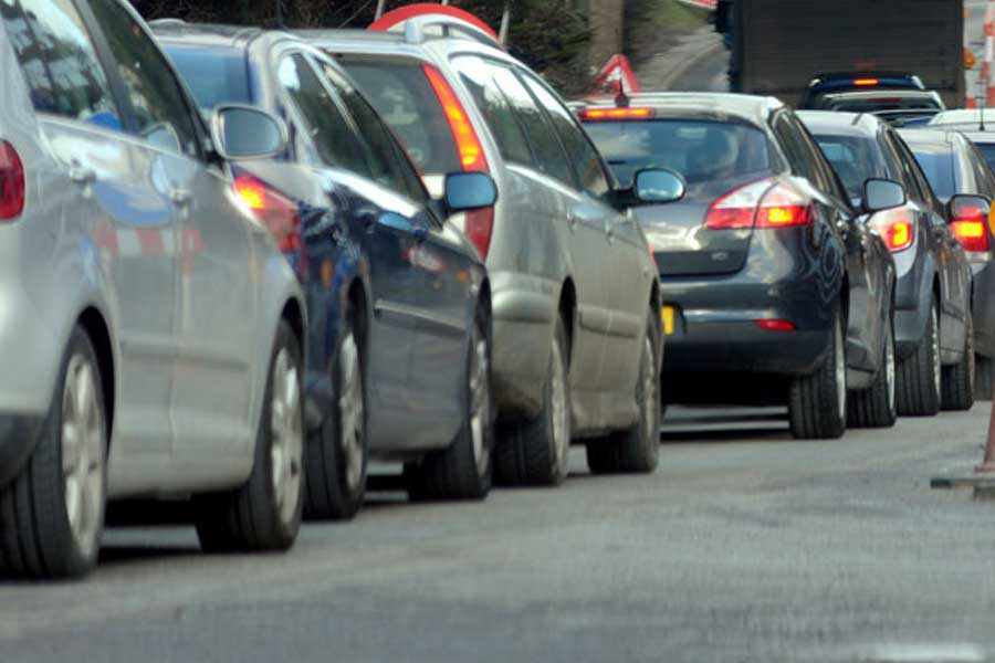 Image of traffic on the A6