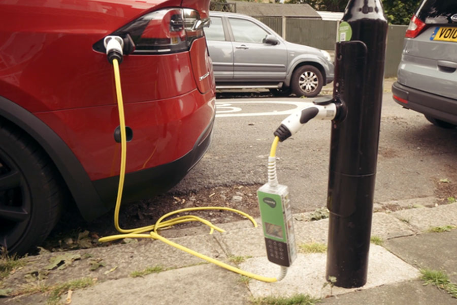 LED-Streetlamp-electric-car