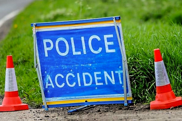 4X4 driver runs into Roadworker at Portishead roadworks after moving traffic cone