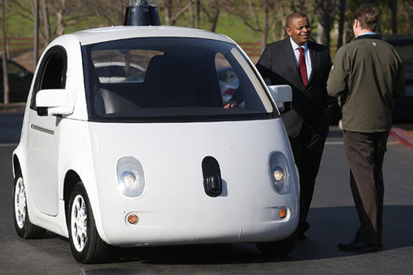 Brits-explore-driverless-cars