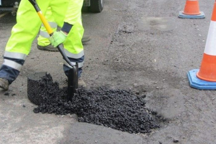 Grayling digs out £100m for emergency pothole repairs