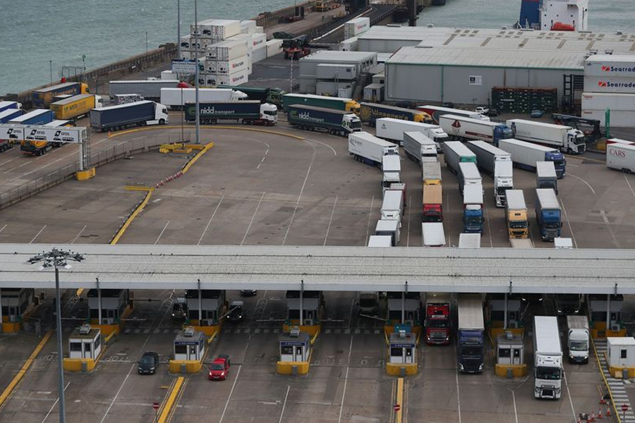 Cargo lorries passing through the ferry check-in kiosks at the Port of Dover (Image: Daniel Leal-Olivas/AFP/Getty Images)