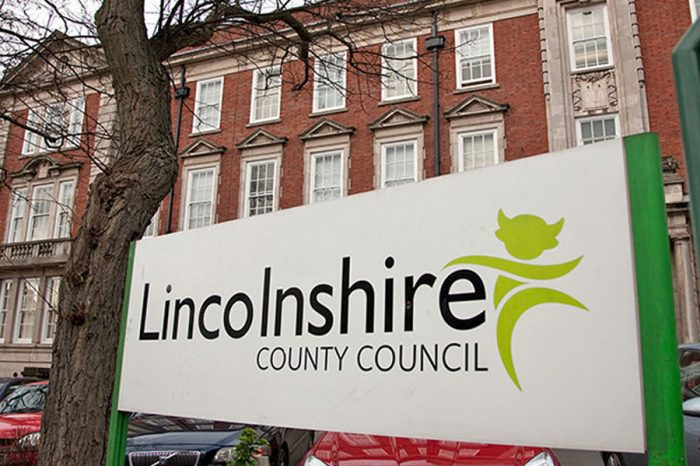 Lincs tenders £762m highways work