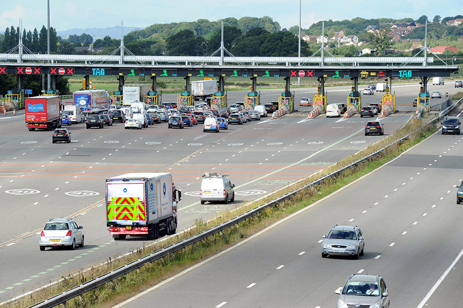 Crown Highways install traffic counting loops at the severn bridge
