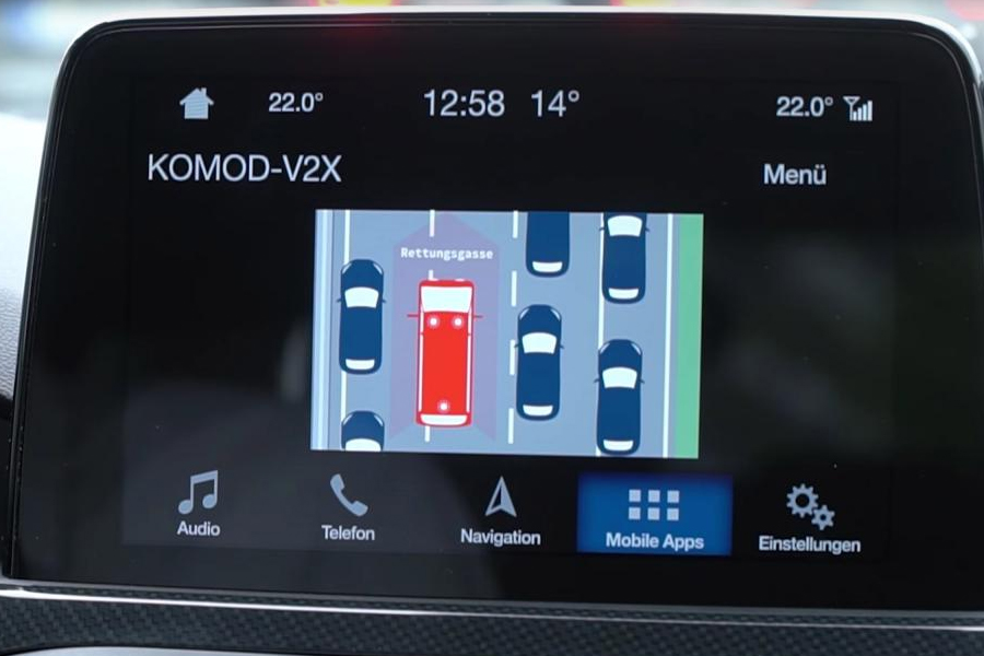 The safety of in-car touchscreen devides has been called into question
