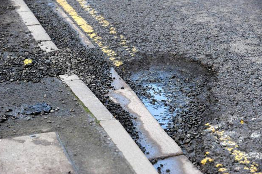 potholes in southend set to be fixed