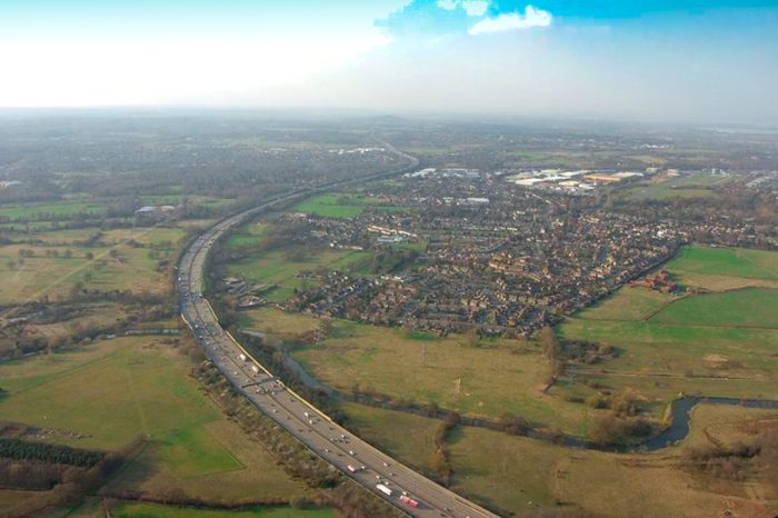 The M25 by Junction 10, with Byfleet on the right. This section would become four lanes, with no hard shoulder (Image: Grahame Larter)