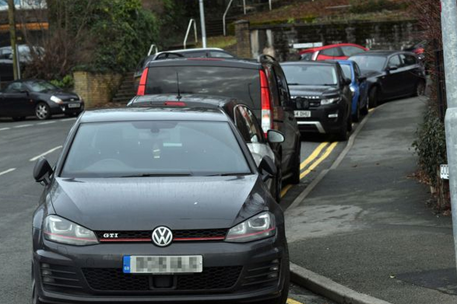 Cars on Godfrey Road next to the Civic Centre (Image: WalesOnline/Rob Browne)