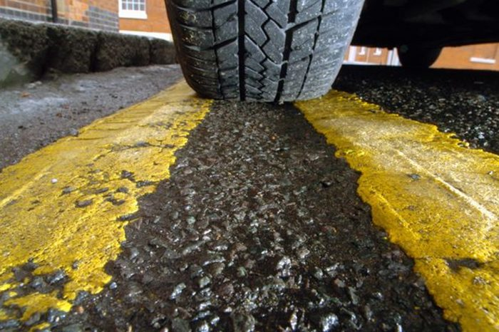 Residents offer to pay for yellow lines as council can't afford it