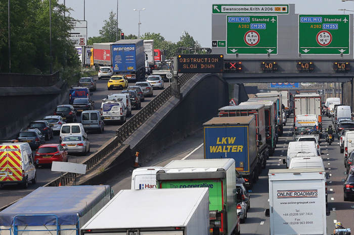 Congestion costs UK almost £8bn in 2018