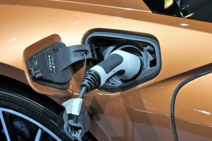 CLM survey: UK motorists ready for electric switch