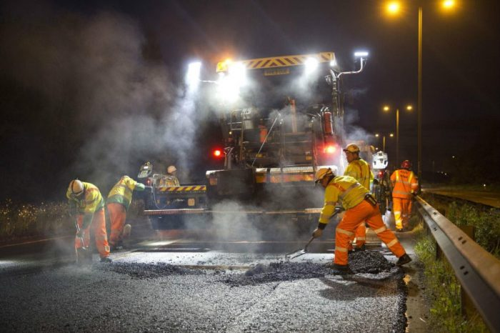 Highways England awards groundbreaking contracts to deliver major upgrades