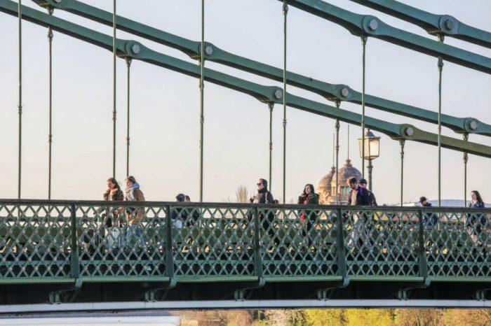 Hammersmith Bridge 'may be shut to drivers for good' as repair bill nears £100m