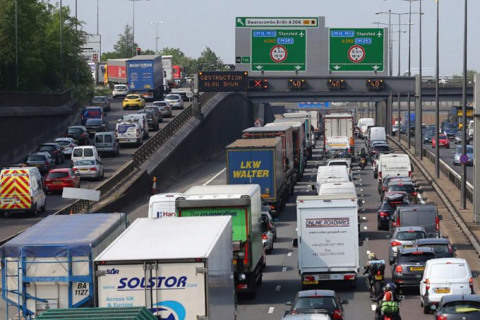 Government to open up roadwork data in bid to end holiday traffic jams