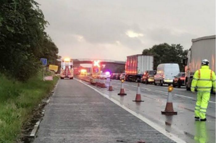Over 32,000 litres of gin spills on M6 as motorway closes causing traffic chaos