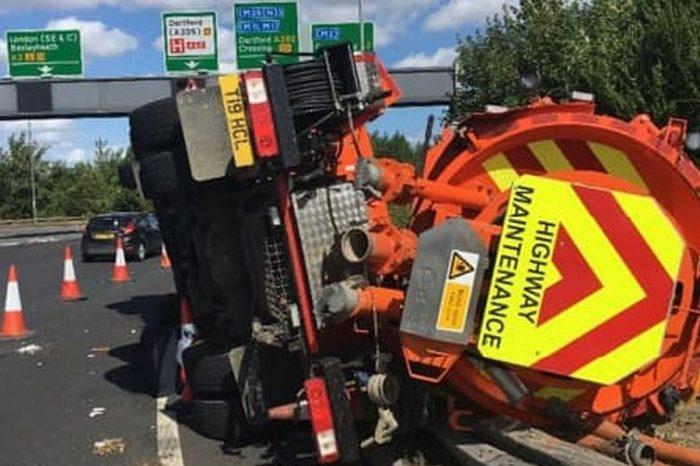 Driver leaves £900K bill after crashing 26-tonne sewage tanker while drink and drug-driving