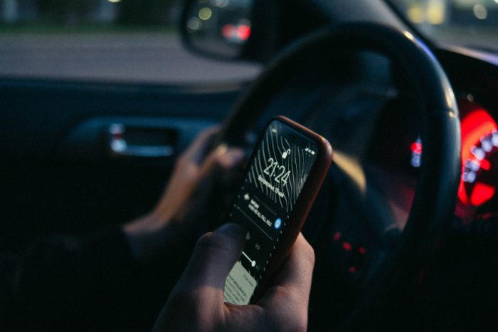 Police in Cumbria to target motorists using phones whilst driving