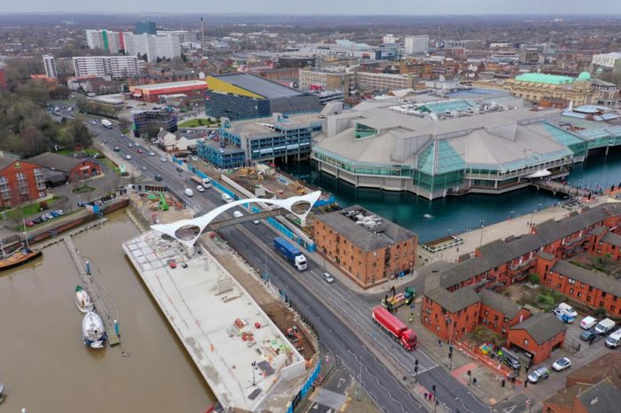 Hull's new bridge moves closer to completion and new name
