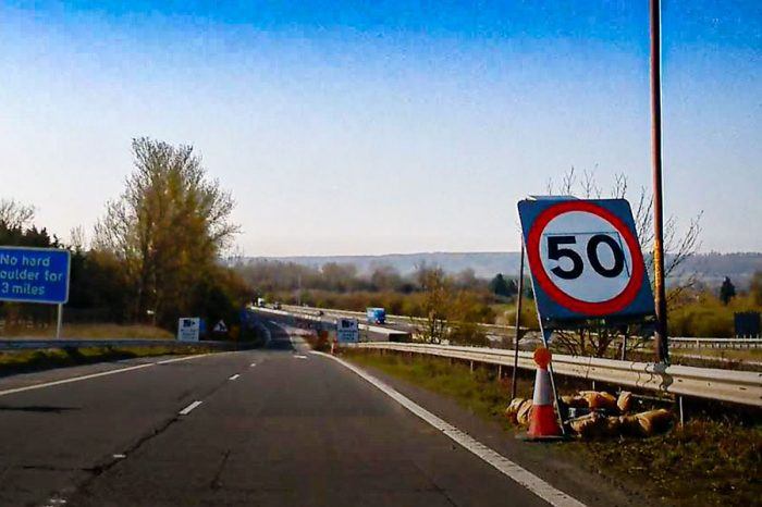 HRS smart signs are utilised on major smart motorway projects