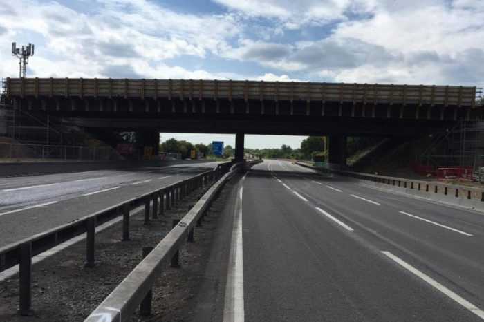 Two new M4 bridges installed in one weekend