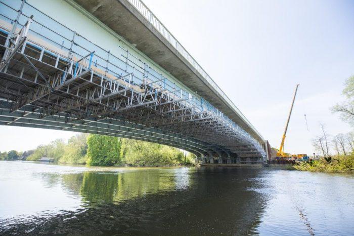 M4 smart motorway scheme reaches halfway after bridge widening