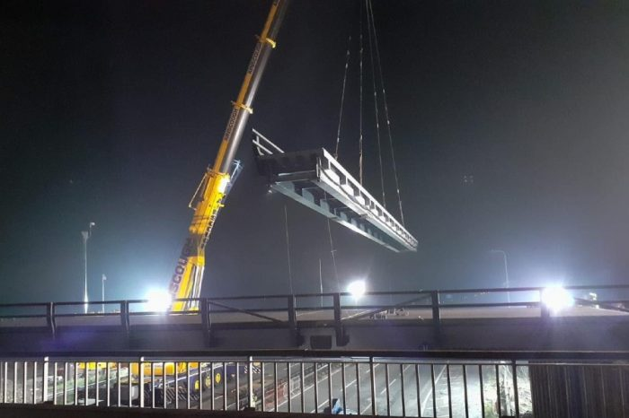 M4 near Slough closed this weekend for bridge beam lift