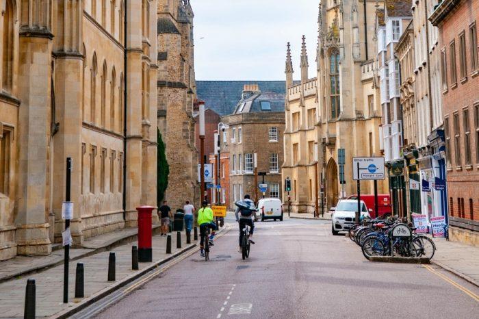 Self-driving shuttle buses begin journeys on Cambridgeshire roads