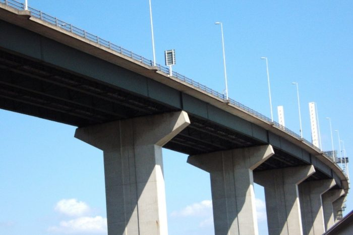 Highways England awards £270m contracts for 'second generation' of Dart Charge