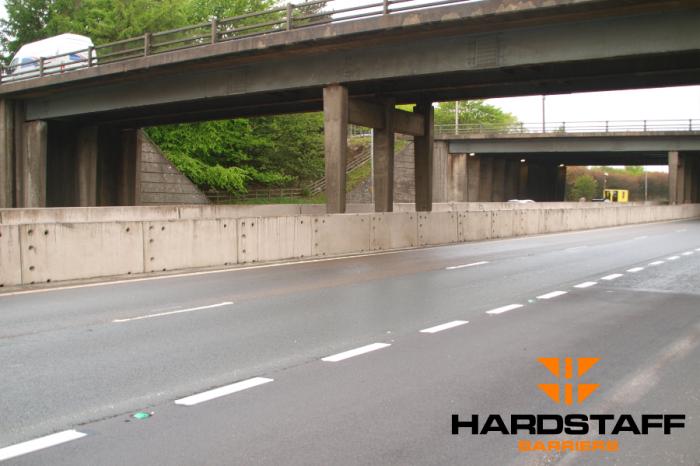 Hardstaff Barriers   Major Scottish motorway bridge upgrade project now complete