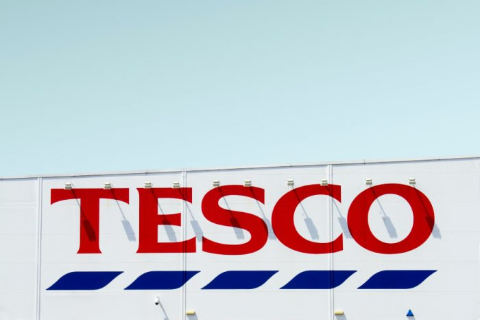 £1,000 bonus to new HGV drivers offered by Tesco following UK worker shortages