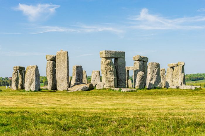 Highways England 'hugely disappointed' following Stonehenge tunnel decision