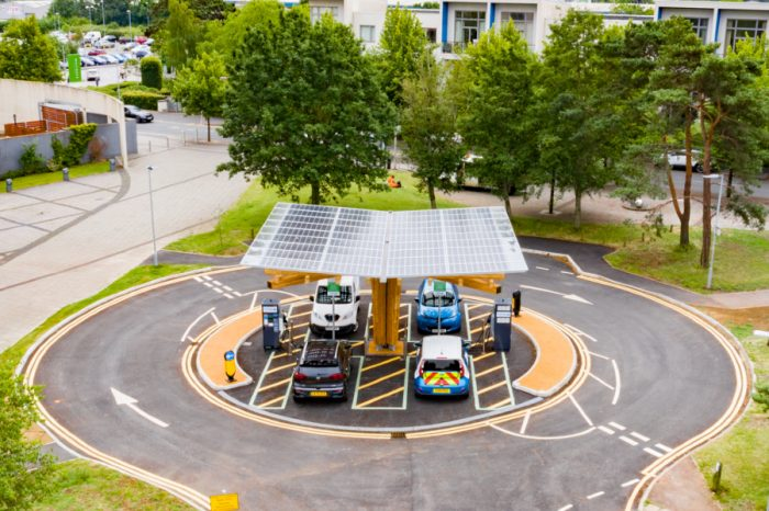 Yunex Traffic | Yunex Traffic rapid chargers at heart of new EV hub in Somerset